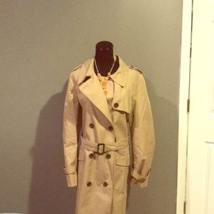 Essential Trench by LOFT